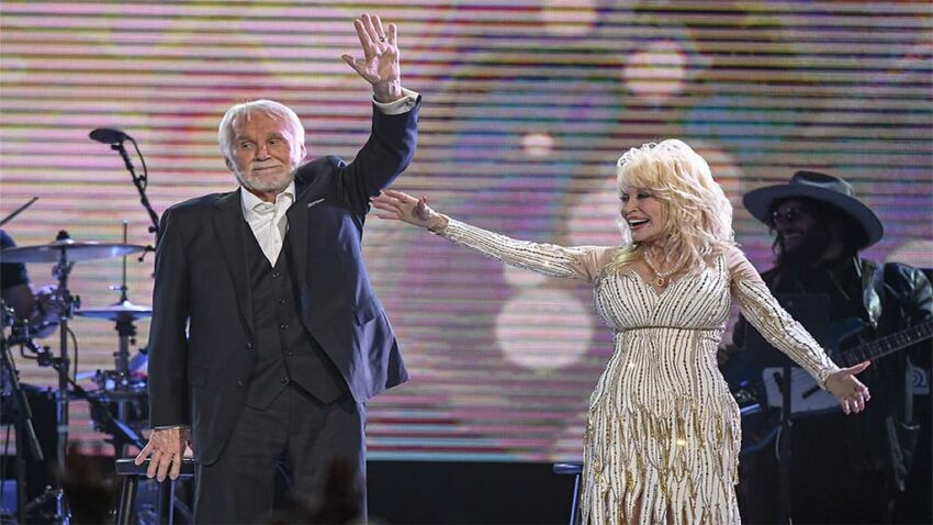 The World Says Goodbye to Kenny Rogers